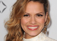 Bethany Joy Lenz, a Haley de One Tree Hill, participa do 300º episódio de CSI