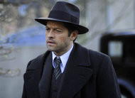 Timeless: Misha Collins como Eliot Ness no trailer e fotos do 15º episódio