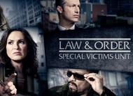 Law & Order SVU: trote no vestiário de time de hóquei no trailer do episódio 18x11
