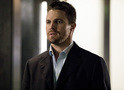 Arrow: impeachment e ataque contra Oliver no trailer do episódio 5x15