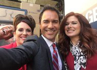 Will & Grace: elenco compartilha fotos da produção do material promocional do revival