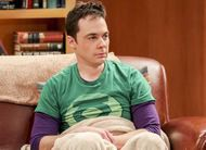 The Big Bang Theory: Sheldon com amnésia alcoólica no trailer do episódio 10x20
