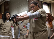 Orange is the New Black: Netflix divulga teaser e imagens da 5ª temporada