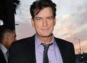 Charlie Sheen processa revista por publicar relato de crime sexual